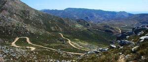 Swartberg-pass-between-Prins-Albert-and-Oudtshoorn
